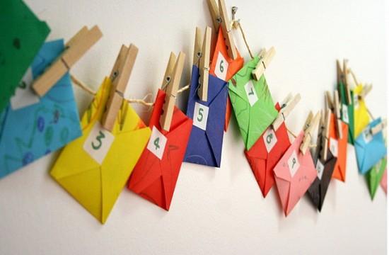 Πολύχρωμα φακελάκια - Χριστουγεννιάτικο ημερολόγιο: 3 + 1 ιδέες για να φτιάξετε το δικό σας