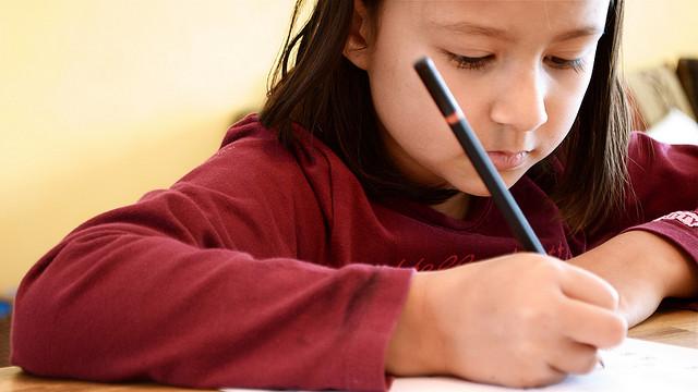Διάβασμα στο σπίτι: Βοηθώντας τα παιδιά να αποκτήσουν καλές συνήθειες