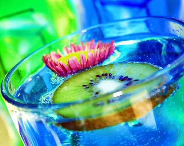 Blue kiwi drink