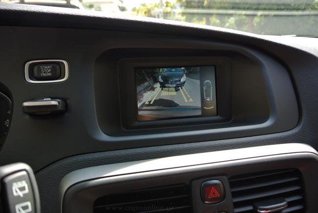 volvo-v40-parking