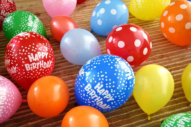 Μυστικά για να φουσκώσετε αμέτρητα μπαλόνια χωρίς να βγείτε νοκ-άουτ